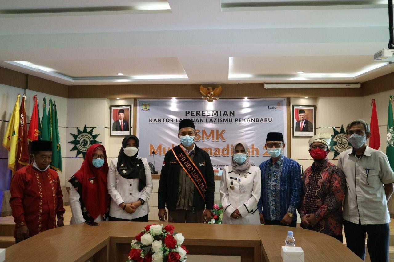 Cover Wakil Wali Kota Pekanbaru Resmikan KLL SMK Muhammadiyah 2 Pekanbaru