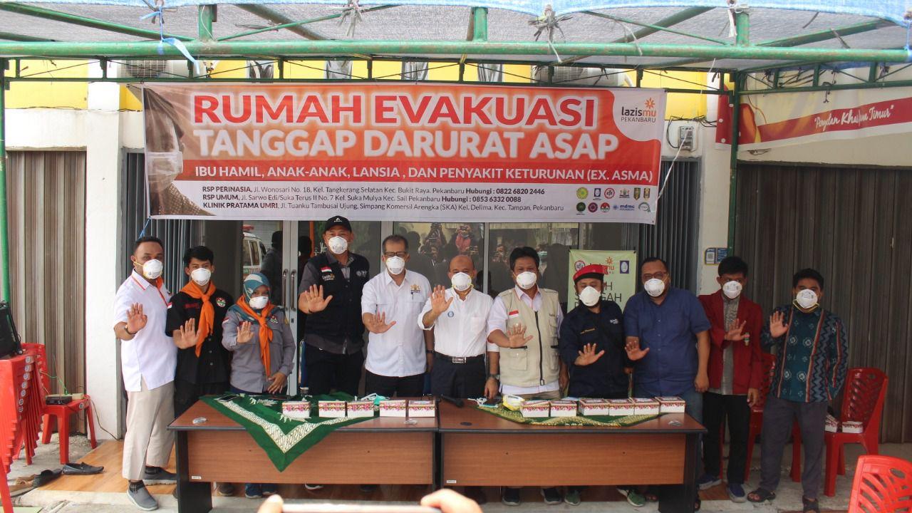 Cover Lazismu Dirikan Rumah Evakuasi Kabut Asap di Pekanbaru